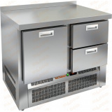 GNE 12/TN стол холодильный