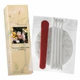 Косметический набор в картоне (ватные косметические диски 2 шт., косметические палочки 3 шт., пилочка для ногтей 6 см.)